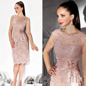 Wholesale 2019 Sexy Illusion Mother Dress Knee Length Lace Appliques Beaded Evening Dress Mother of the bride Dresses For Wedding Free Shipping