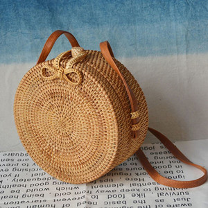 Wholesale 2019 Fashion Round Straw Bags Summer Style Women Handbags Bohemian Rattan Crossbody Bags Handmade Woven Beach Circular Bags