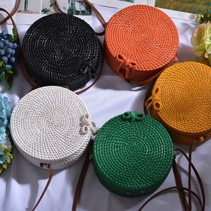 Wholesale 2019 New Round Straw Bag Beach Bag Woven Large Capacity Single Shoulder Hand Crochet Summer Girl Bag