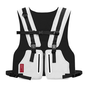 Wholesale Mini Men Chest Rig Outdoor Sports Waist Bag Streetwear Vest Phone Chest Bags Men Waistcoat