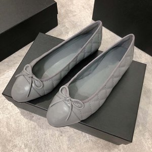 Wholesale Designer new luxury ladies retro fashion casual flat low pointed with bow sheepskin ballet shoes yards to yards box Grey