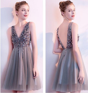 New Cocktail Dresses V Neck Sparkly Short Prom Dresses Backless Evening Party Dress Elegant Sexy Homecoming Gowns Vestido de Festa