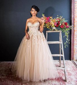 Ziad Nakad 2019 Luxury Ball Gown Wedding Dresses with 3d floral lace appliques Saudi Arabic Princess sexy sweetheart tulle Wedding Gowns