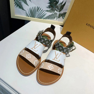 Wholesale Summer Flat Sandals for Girl Outdoor Fashion Letter Shoes Classic Style Beach Women Slippers for Female