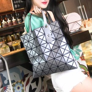 Wholesale New Japanese laser female geometric rhombic handbag fashion folding shoulder ladies bag
