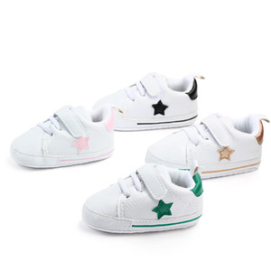 Wholesale All seasons baby shoes for year old boys and girls casual shoes with five pointed star baby leather first walker shoes