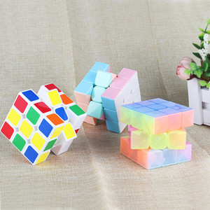 Wholesale 5 cm Glow In Dark Noctilucent Educational Magic cube Intelligence Learning Education Toy IQ Improve Puzzle Challenge Decompression Gift