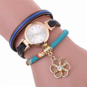 Wholesale Aplustrade Ladies fashion round long strap simple printed strap flower pendant leather bracelet watch women leisure small dress wrist watch