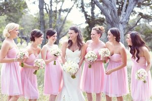 Knee Length Bridesmaids Dresses 2019 Light Pink Chiffon Empire Sweetheart Wedding Guests Party Gowns Cheap Price Under 100 Simple Style