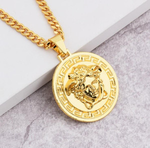 Wholesale Brand Medusa Circluar Men Designer Chains Necklaces K Gold Plated Hip Hop Fashion Pendant Necklace Rock Gift Drop Shipping