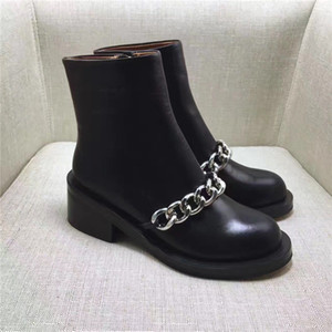 Wholesale 2019 Best selling women boots fashion Metal chain low heels high quality leather ankle boots zipper bling Short Booties shoes