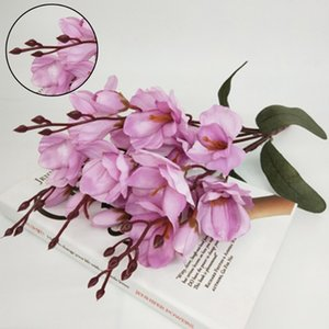 Wholesale artificial silk magnolia Branch table home Hotel decoration fake wedding flower bride holding photography props