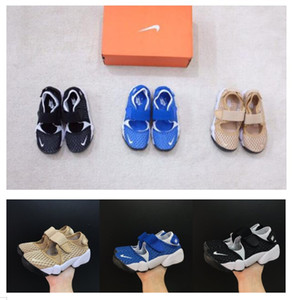 Wholesale 2019 hot new High quality boys girls juvenile student child AIR RIFT shoes kids Ninja shoes blue black outdoor sports sandals size