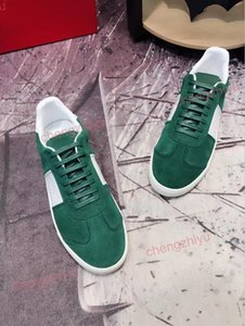 Wholesale 2019 men s and women s fashion designer casual shoes velvet red green dark blue beautiful platform brand casual shoes the best quality