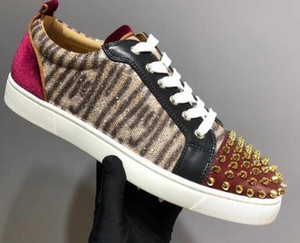 Low-Cut Graffiti Leisure shoes Lace-Up Leopard print horse hair Cow leather Rivets Red bottom For women mens sneakers Flat Loafers 35-46