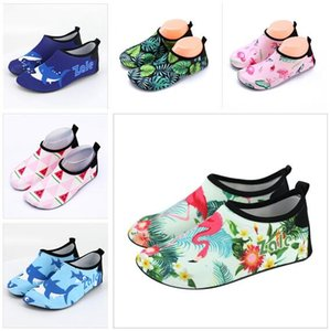 Wholesale Children Beach Shoes Baby Soft Floor Indoor Slipper Styles Swim Socks Boys and Girls Anti slip Home Barefoot Kids Slippers