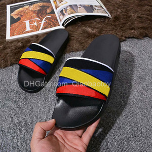 ingrosso sandali estivi gialli-Top Quality Paris Sliders Mens Womens Summer Sandali Sandali Beach Pantofole da donna Flip flop Mocassini Nero Blu Blu Red Yellow Slifts Scarpe Chaussures Scarpe