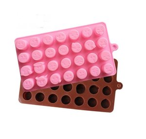 1 pc 28 Holes QQ Expression Chocolate Molds Silicone Cute Lovely Emoji Expression Fondant Chocolate Molds Ice mold DIY Baking Tools on Sale