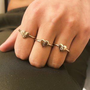 Wholesale 26 letter A Z Alloy Set Ring Alloy Gold Silver Ring For Women Fashion Jewelry Pinky Finger Ladies Band Ring