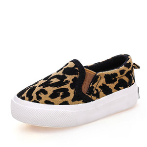 2017 Spring Children Shoes Girls Boys Casual Shoes Fashion Leopard Print Comfortable Canvas Shoes Kids Sneakers Slip On Loafers Y19061906 on Sale
