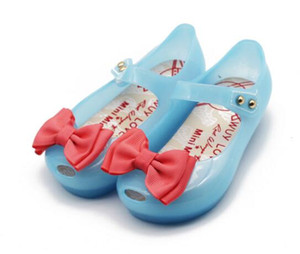 Baby Girls Sandals Toddler Infant Shoes LED Lights Jelly Princess Shoes PVC Soft Comfortable Glowing Summer cinderella butterfly Shoes A1988 on Sale