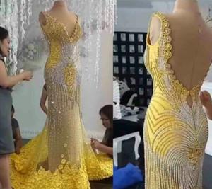 Evening dress Yousef aljasmi Kim kardashian V-Neck Mermaid Off shoulder Yellow Appliques Backless Crystals Long dress Zuhair murad Ziadnakad