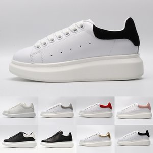 Wholesale New Arrival Black white red luxury Fashion Designer Women Shoes Gold Low Cut Leather Flat designers Brand men womens Casual sneakers