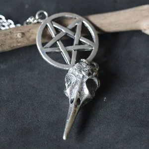 Wholesale Pentagram Skull Bird Head Necklaces Vintage Silver Pentacle Pendant Necklace Choker Collier Wicca Pagan Gothic Christmas Gift