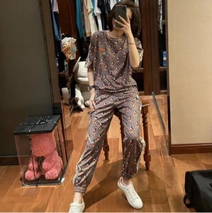 fashionable and casual designer set web celebrity luxury high quality printed short-sleeved Printed t-shirts + Loose pants two-piece dress