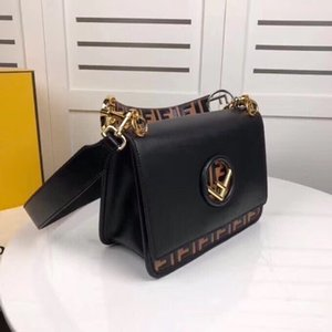 Wholesale High quality leather ladies handbag handbag magnetic buckle opening and closing shoulder bag Messenger bag 25-19-10cn