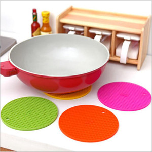 Wholesale Eco Friendly Table Mats Non Slip Heat Resistant Mat Coaster Cushion Placemat Pot Holder Table Silicone Mat Kitchen Accessories