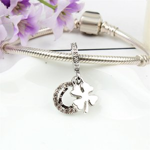Wholesale U Rhinestone Lucky Clover Dangle Alloy Charm Bead Fashion Jewelry Stunning European Style Fit For Pandora Bracelet Bangle