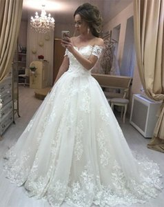 Wholesale New beautiful strapless Lace A line Wedding Dress sleeveless Wedding dress Gown Bride De Mariee Robes robes de soirée