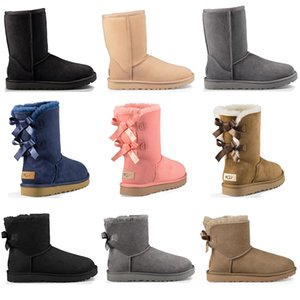 Wholesale 2019 Australia luxury designer women shoes winter boots snow boot ankle kneel short bow fur black Chestnut womens girl sneakers