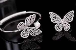 Wholesale Hot Sale High quality hollow and sparkling zircon inlaid bracelet pearl butterfly open Bracelet Deluxe Jewelry for Women s Weddings