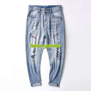 Wholesale 2019 New Personality Fashion Mens Casual Pants Street Men Holes Jeans Pants Fashion High Quality Designer Mens Light Blue Trousers