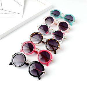 Wholesale Sunglasses for Kids Round Vintage Sun Glasses Boys Girls Designer Adumbral Fashion Children Summer Beach Sunblock Accessories