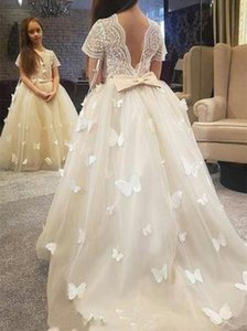 Wholesale Classy White Ball Gown Flower Girl Dresses Sheer Neck Lace kid wedding dresses pakistani Cute LaceToddler girls pageant dresses