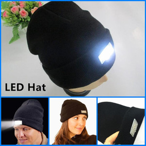 Wholesale Unisex Wool Knitted Hat Headlight Beanie Maintenance Caps Autumn Winter Warm Cap Night Fishing Ski Hats with Light Luminous Cap Outdoor Caps