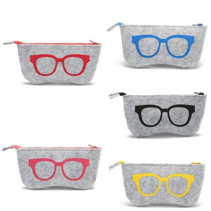 Wholesale Fashion Exquisite Wool Felt Sunglasses Case For Women Men Brand Design Retro Zippe Eyeglasses Bag Sunglasses Pouch