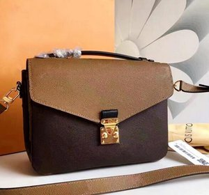 Wholesale designer crossbody bag real leather women new designer flower Pattern Cowhide Silver chain Genuine Leather Luxury handbag shoulder bag