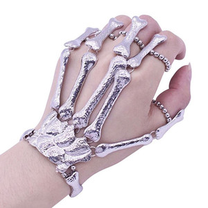 Wholesale Halloween Props Gift Fun Nightclub Party Punk Finger Bracelet Gothic Skull Skeleton Bone Hand Finger Bracelet Party Decoration