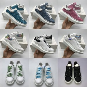 Wholesale Designer Shoes Oversized Sneakers Luxury Women Mens Trainers White Calfskin Platform Flat Casual Party Wedding Suede Sport Silver Glitter
