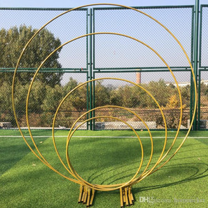 Wholesale wedding props birthday party decor wrought iron circle round ring arch backdrop arch lawn artificial flower row stand wall shelf