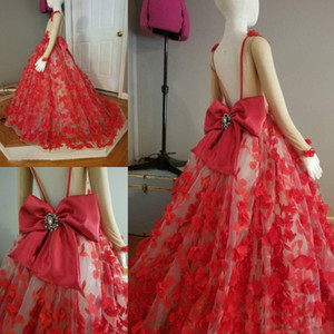 Wholesale Red Backless Girls Pageant Gowns D Appliques Sheer Long Sleeves Flower Girl Dresses With Beaded Big Bow Baby Prom Party Dress For Wedding