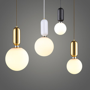 Wholesale Nordic Globe Glass Ball Pendant Lights Gold white black Iron Hanging Lamps Led Lamp for Living Room Bedroom Restaurant Fixtures