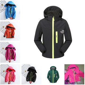 Wholesale Kids Autumn Winter Jacket the North Boys Girls Fleece Soft Shell Coat Warm Outdoor Casual Windbreaker Face Hooded Coats Zipper Jackets S-2XL