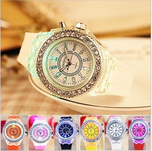 Wholesale Luxury Geneva Diamond Watch Unisex LED Luminous Silicone Watches Night Light Rhinestone Crystal Wristwatch Men Women Quartz Wrist Watch new