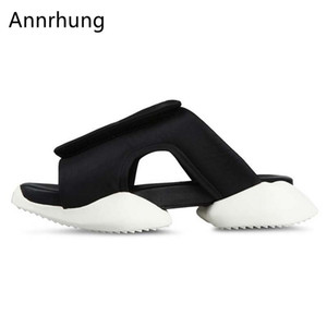Wholesale Summer Fashion Beach Slippers Men Increasing Heel Breathable Shoes Unique Cut Out Holiday Outdoor Slides For Men