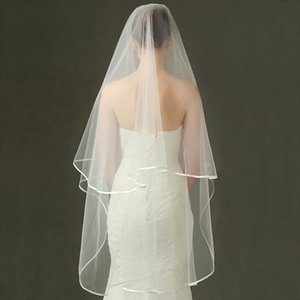 Wholesale Wedding Veils Short 2 Tier Bridal Veils with Comb Layer White Ivory Wedding Veil Satin Edge Tulle Good Quality
